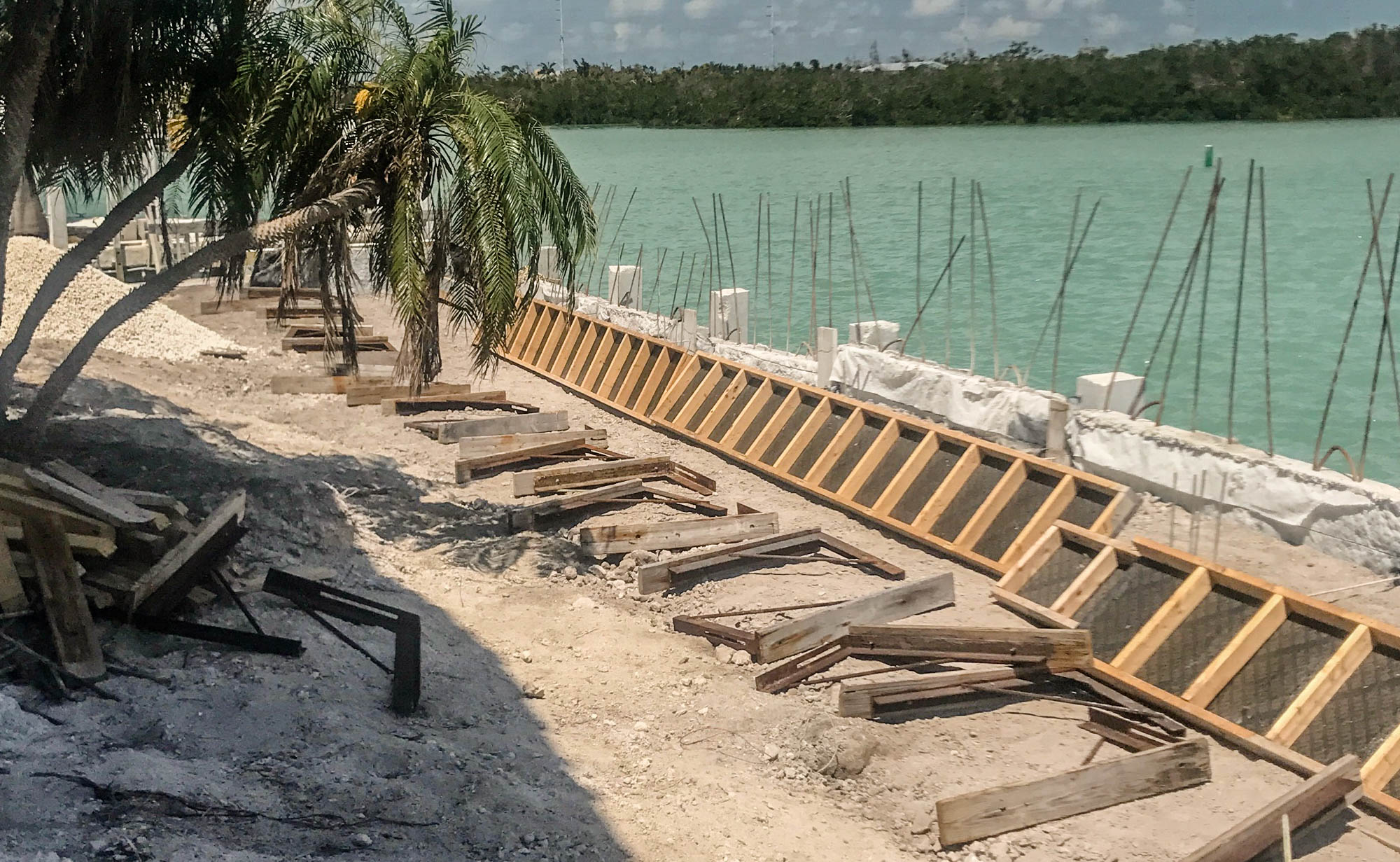 Seawalls, Marathon, Florida Keys, Boatlifts, Docks, Builders